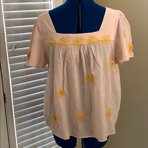 NEW Madewell 'embroidered sunflower' airy top.